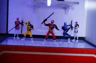 nycc-2016-power-rangers-ninja-steel-3