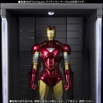 premium-bandai-s-h-figuarts-hall-of-armors