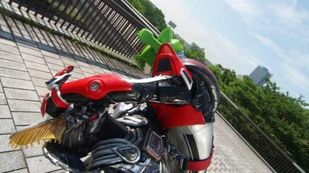 kamen-rider-drive-saga-2-drive-type-speed-wild-technic-3