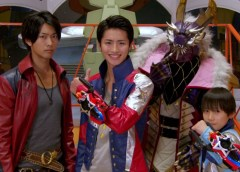 Uchuu Sentai Kyuuranger – Hero Club
