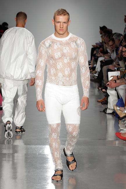 6c51edef7950 Nye rene linjer fra Astrid Andersen! – FashionFladen