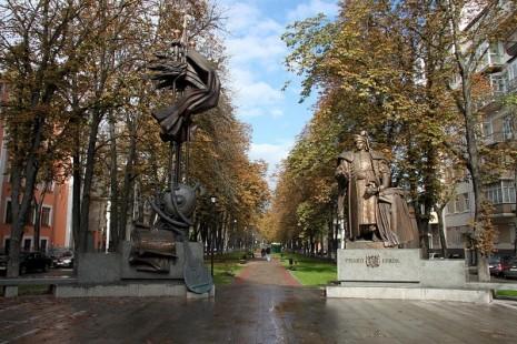 Пам'ятник Орлику у Києві