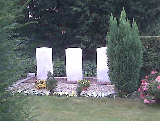 crew of halifax graves