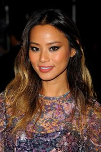 jamie-chung-monique-lhuillier-fashion-show-in-new-york-city-september-2014_1