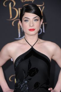 niki-koss-beauty-and-the-beast-movie-premiere-in-los-angeles-3-2-2017-3