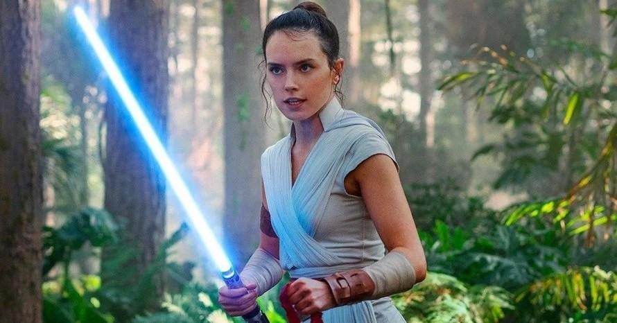 Storm Trooper Star Wars The Rise of Skywalker Rey Daisy Ridley The Force Awakens Disney