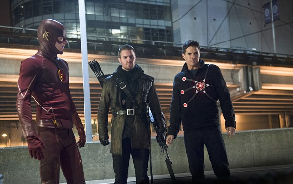 Flash Arrow e Nuclear reunidos