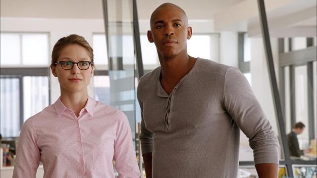 supergirl e James Olsen