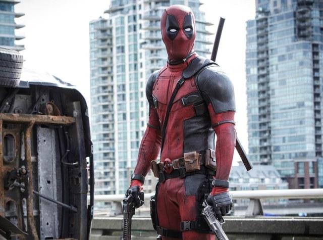 Deadpool filme uniforme