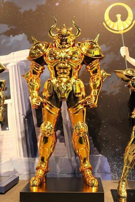 Touro armaduras de ouro em tamanho real cavaleiros do zodíaco hd