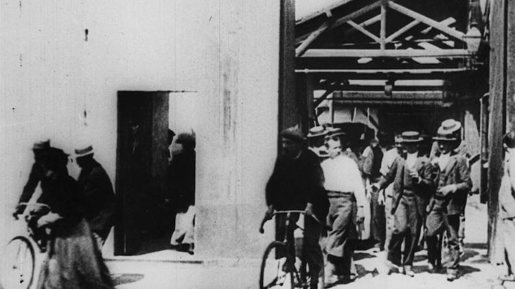 Lumiere Brothers Workers Leaving The Factory (1895)
