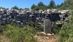 Le mur de la peste, la randonnée insolite des Monts du Vaucluse