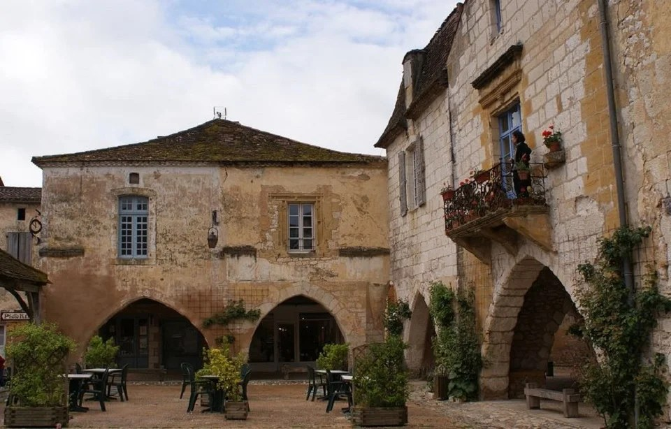Les saveurs du Périgord vous attendent à Montpazier