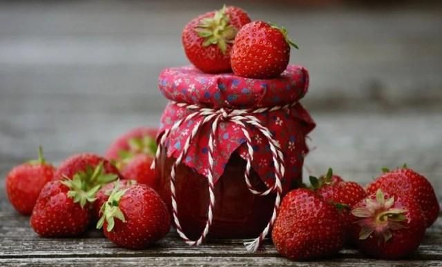 confiture maison à la fraise