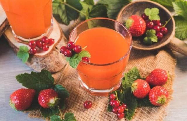 Un de nos cocktails sans alcool, le cocktail aux fraises de pays