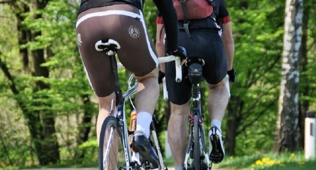 Short moulant, accessoire indispensable du cycliste