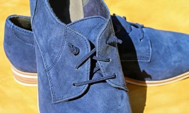 La légendaire blue suede shoe est de retour