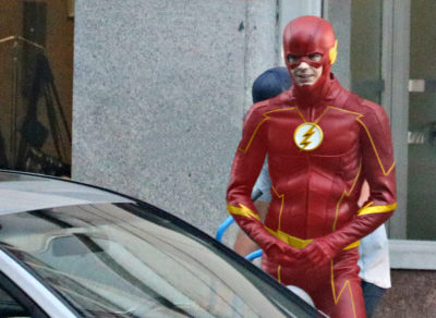 Flash season 4 episode 1 set photo