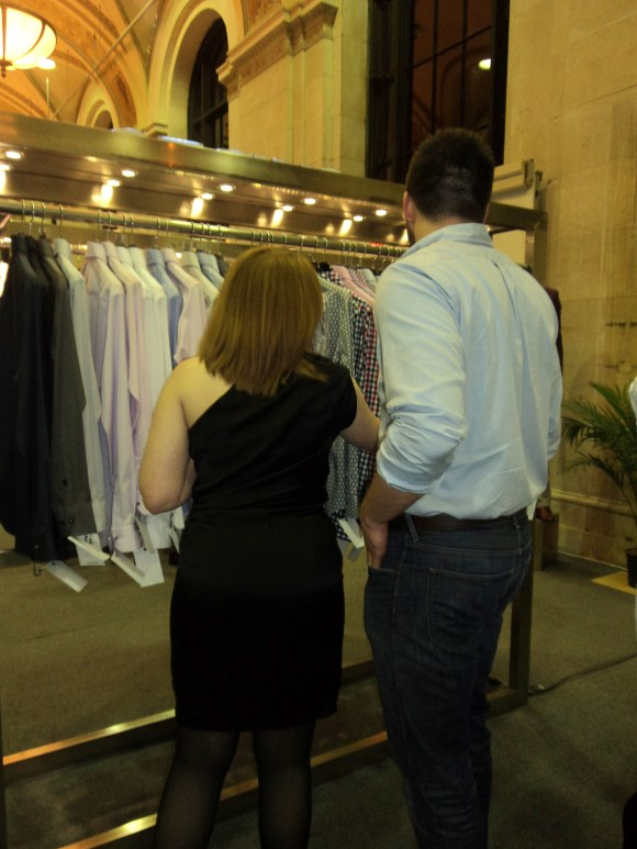 Picking out a free custom dress shirt at Indochino Philadelphia / Her Philly