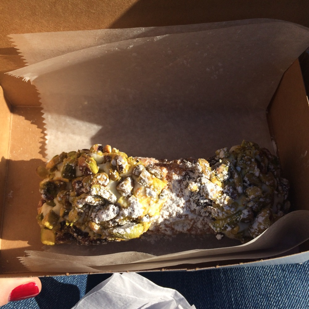 Modern Pastry Pistachio and Chocolate Chip Cannoli // Her Philly