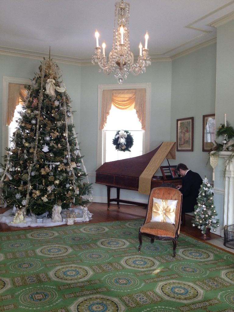 Holiday Tours at the Fairmount Homes // Her Philly