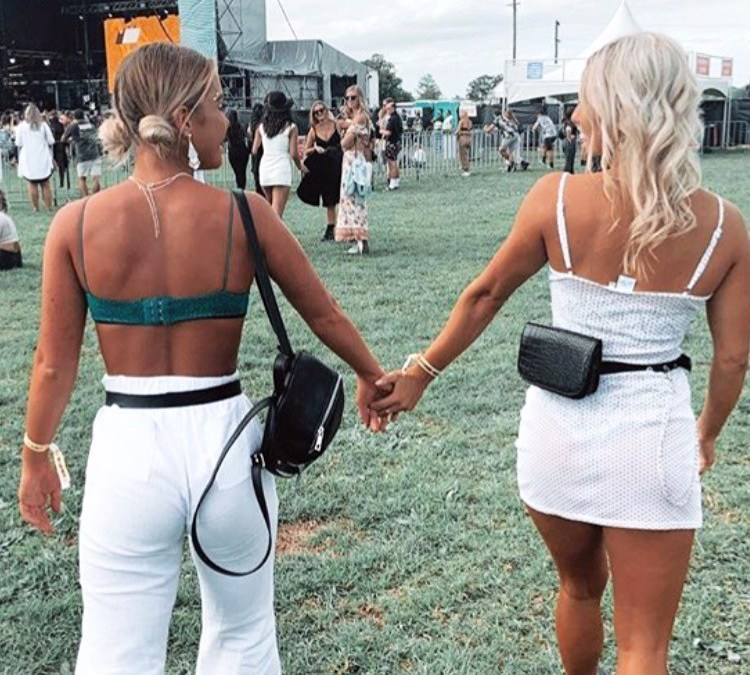 ♡ BABES OF GROOVIN' THE MOO #1♡