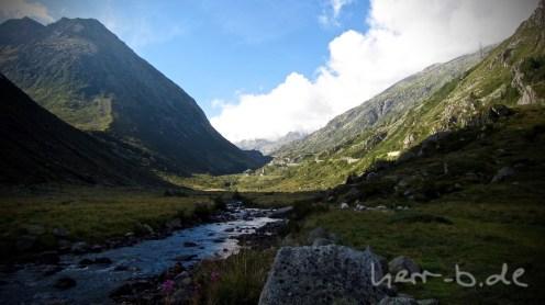 Der Trail Richtung Gotthard-Pass.