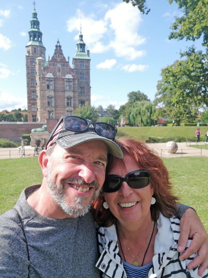 Vor dem Schloss Rosenberg in Kopenhagen (Dänemark)