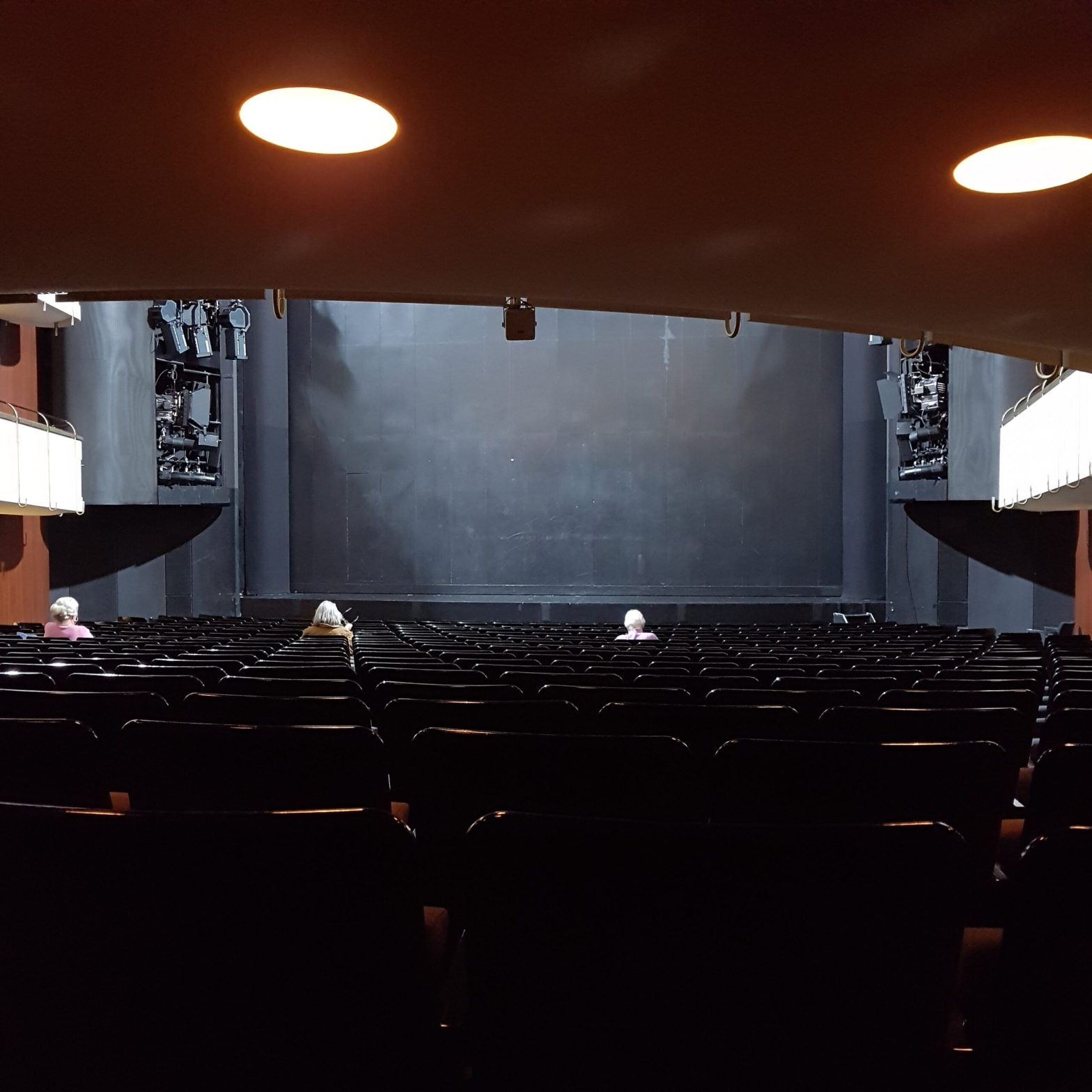 Thalia Theater Hamburg Paradis