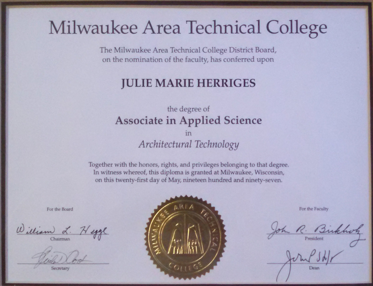 Julie Diploma