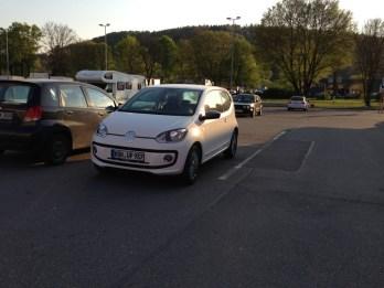 eco up! auf dem Parkplatz