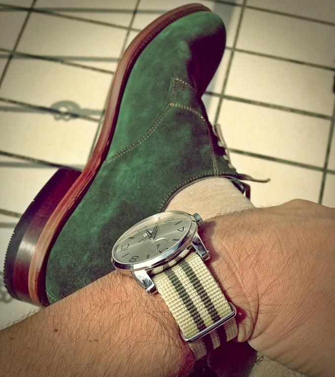 grüner Schuh