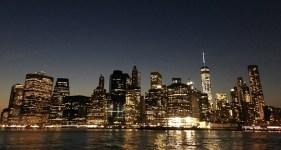 Der abendliche Blick auf Manhattan entschädigt für schmerzende Füße. ©HerrundFrauBayer