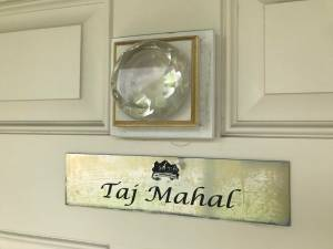 Door plaque for Taj Mahal room at Anniversary Inn
