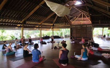 yoga-barn-bali1116