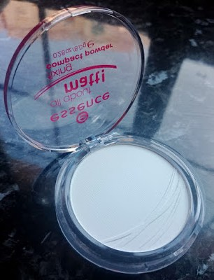 review polvos compactos all about matt essence