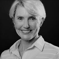 avatar for Elizabeth Heron