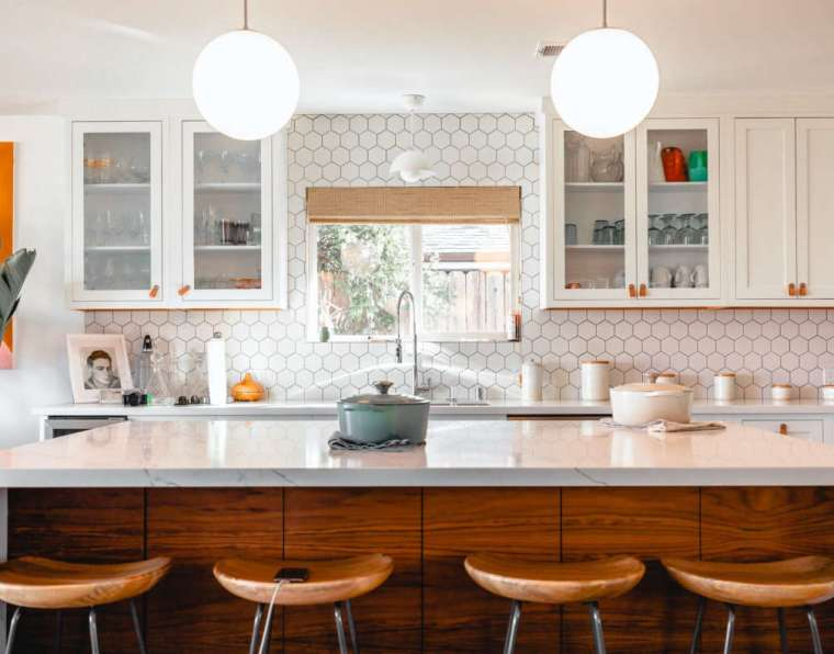 4 Creative Ways To Refresh Your Kitchen on a Budget