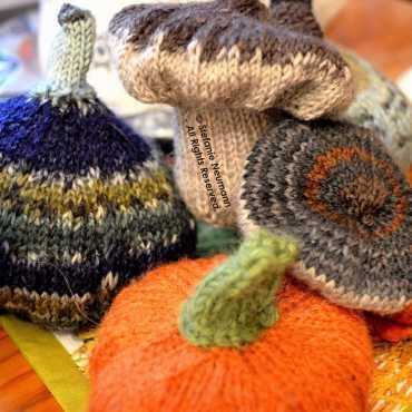 Knitted Autumn Goodies © Stefanie Neumann - All Rights Reserved.