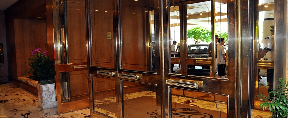 Custom-Entry-Fairmont-Olympic-Hotel