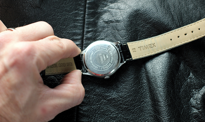 How To Change a Watch Band - He Spoke Style
