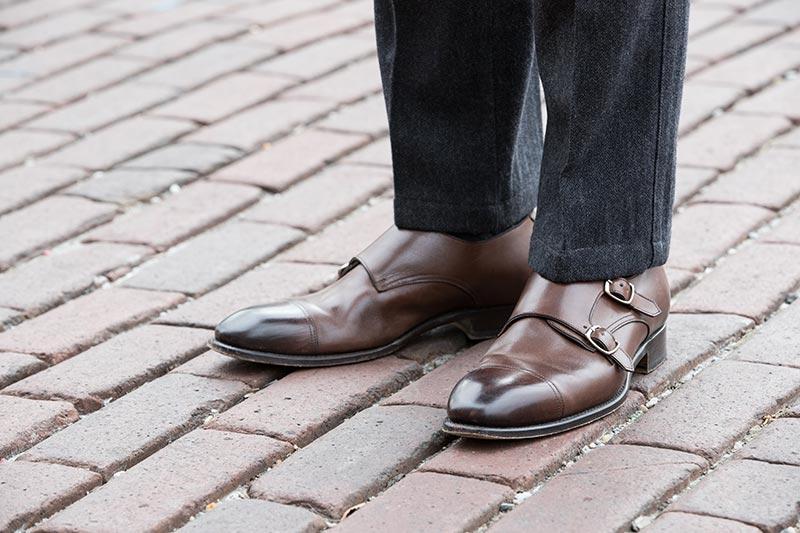 brown-leather-double-monk-strap-shoes-grey-pants-dapper-outfit-idea