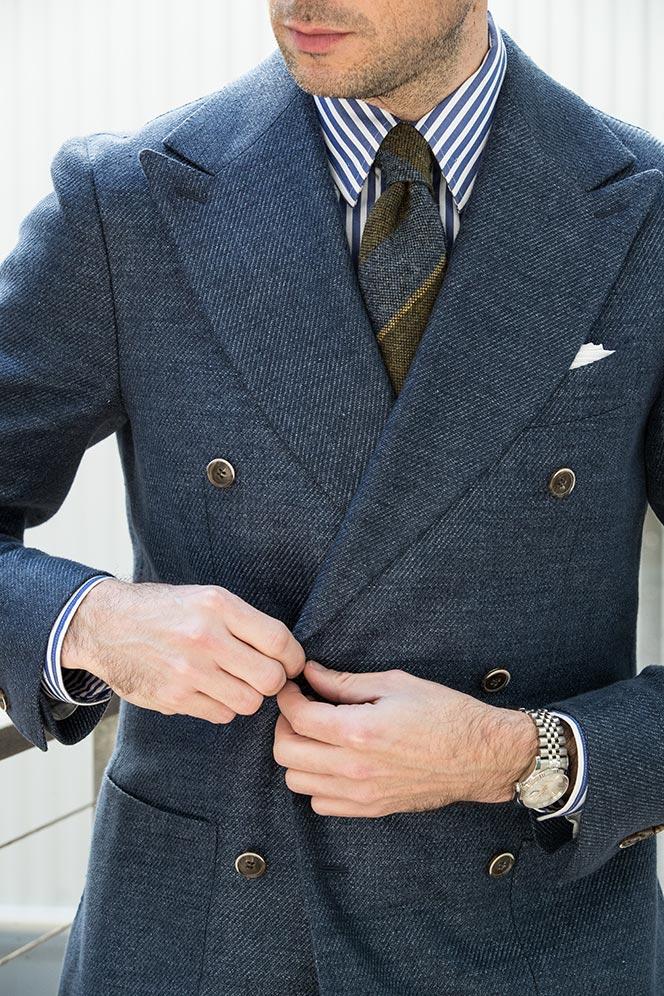 buttoning-double-breasted-jacket-green-blue-striped-wool-tie-seaward-stearn-navy-dapper-mens-outfit-ideas