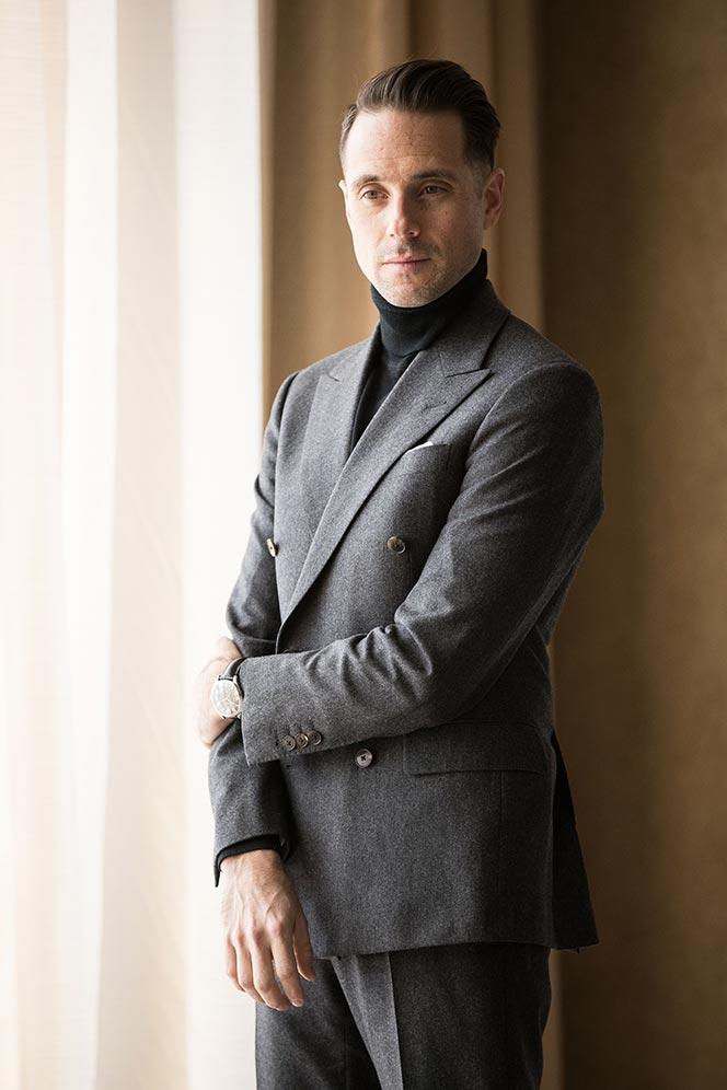 grey-double-breasted-suit-black-turtleneck-black-tie-no-tuxedo-alternative-outfit-idea-men-5