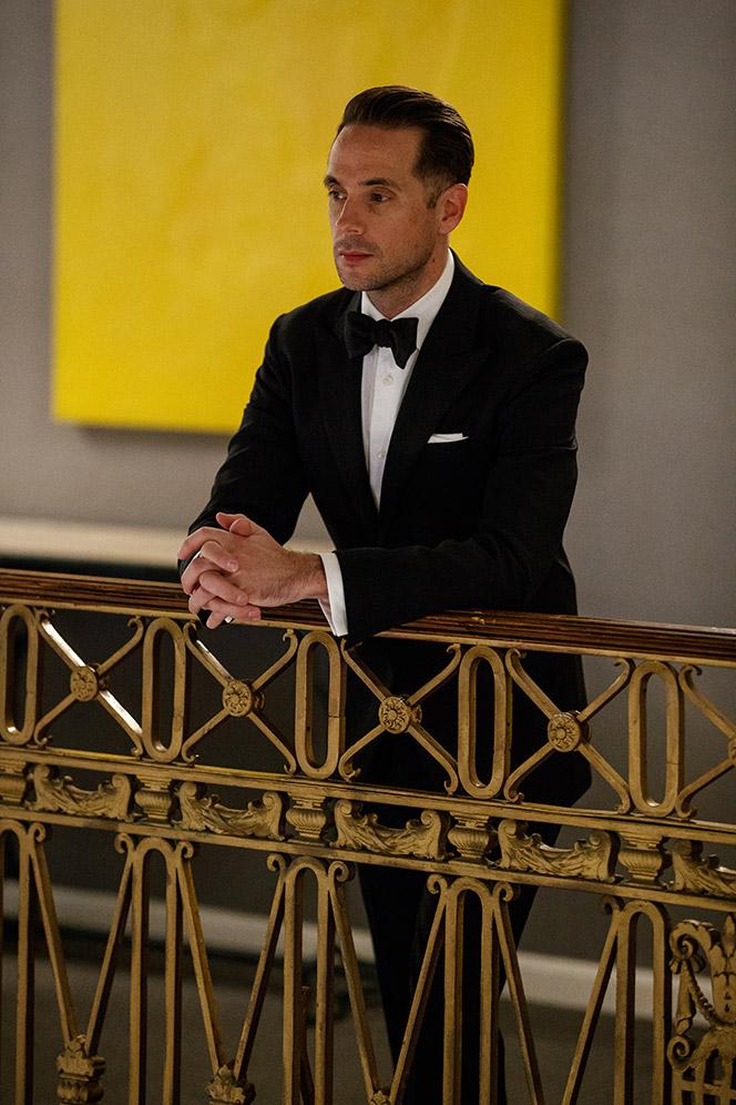 how-to-wear-a-classic-tuxedo-black-tie-dress-code-formal-attire-peak-lapel