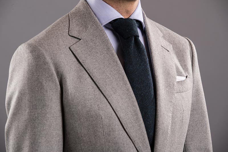 how to tie four in hand knot