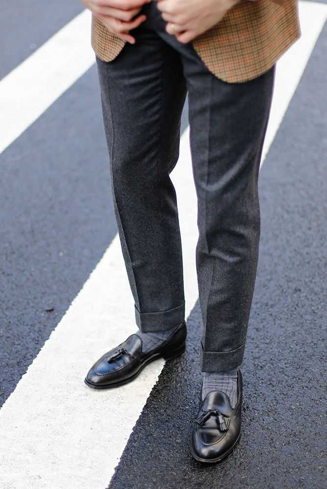 how to wear flannel trousers
