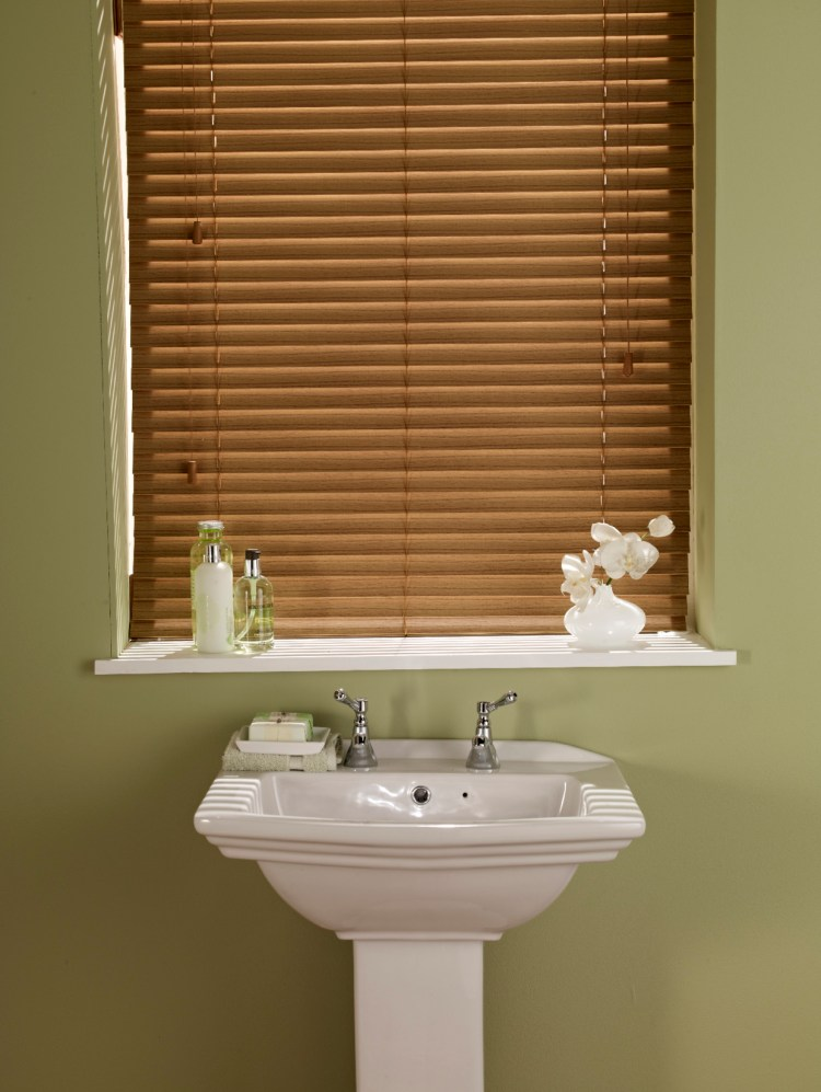 Autmum gold wood venetian blind