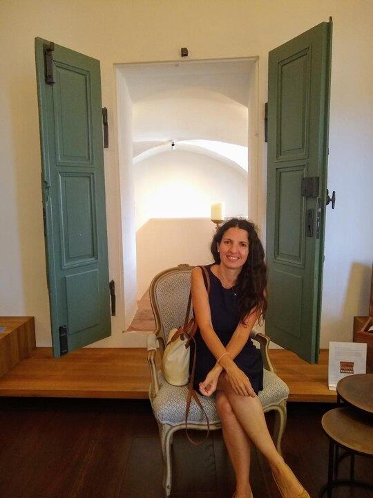 Sommeliere Isabel Gil von Bed & Wine beim Weingut Dr. Buerklin-Wolf Riesling