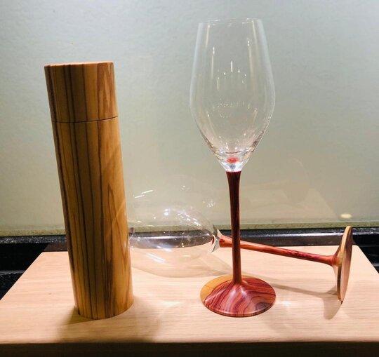 Champagnerglas aus Rosenholz von Bed & Wine